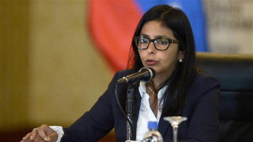 Venezuelan Foreign Minister Delcy Rodriguez speaks during a press conference in the capital of Caracas on March 27, 2015 | Foto © AFP