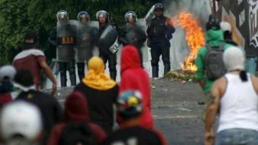 Police and students clashed in San Cristobal on Wednesday
